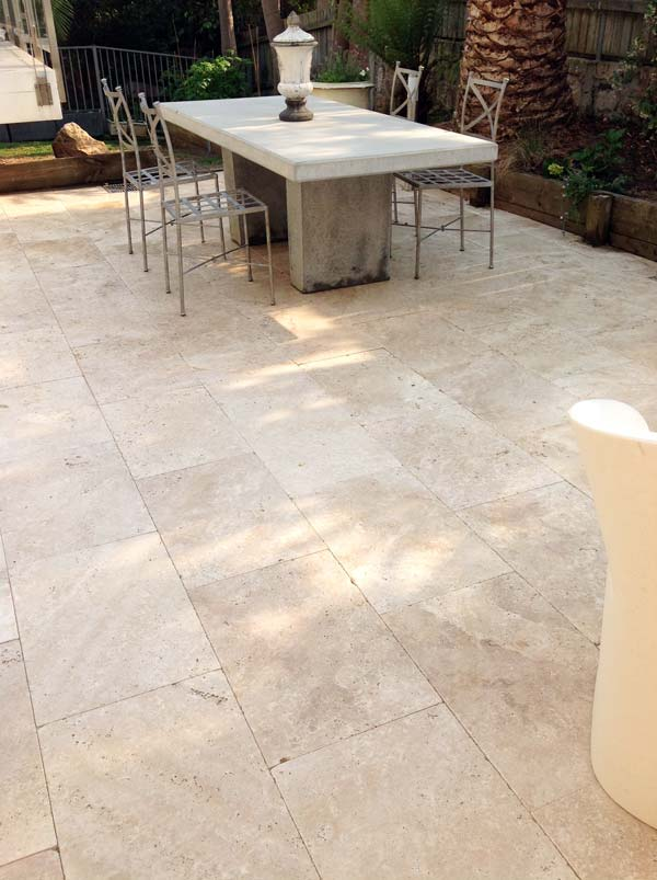 Travertine_Patio_Fairlight3