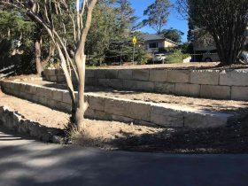 sandstone_logs_wall