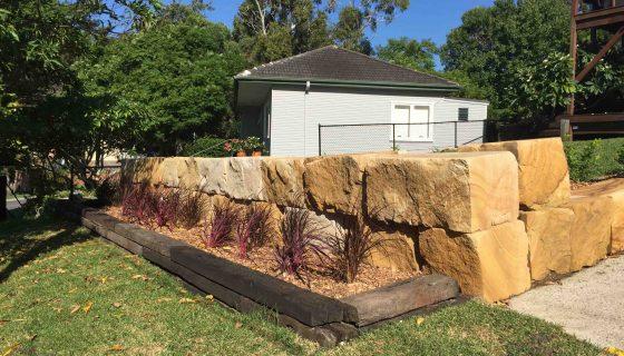 sandstone_logs_wall_7