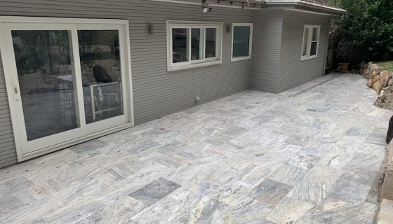silver_travertine_avalon