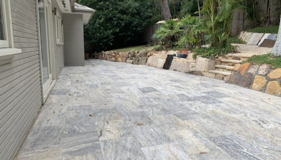 silver_travertine_avalon_1